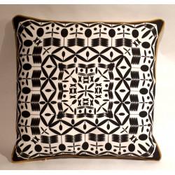 Mandela Negro cushion
