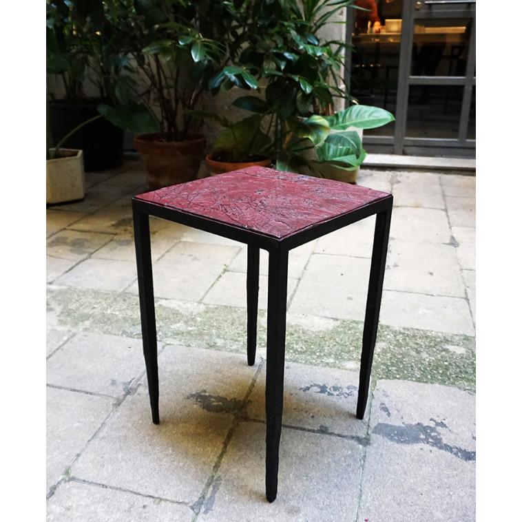 EMPREINTES Bordeaux mesa auxiliar de Josep Cerdá