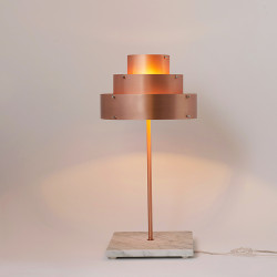 DECÓ table lamp