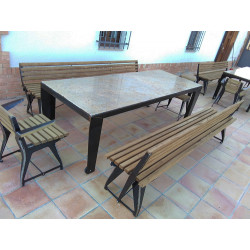 ELIZABETH table