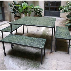 EMPREINTES Green table and benches by Josep Cerdá