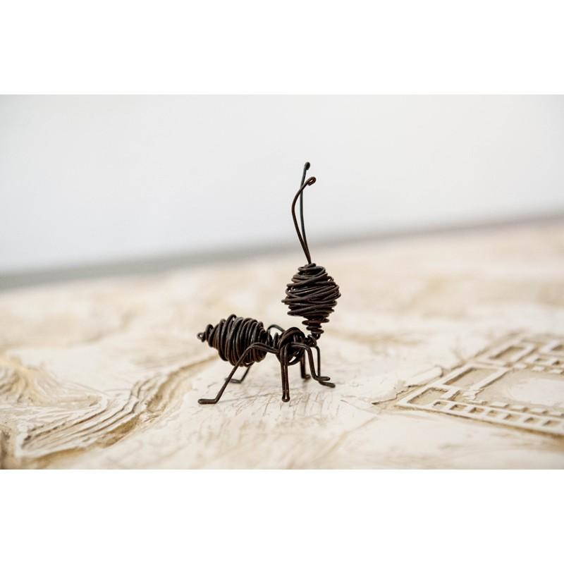 Ant Mini